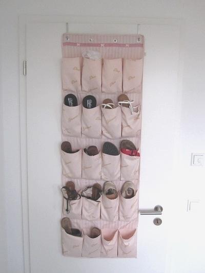 schuh aufh nger und schuhtaschen zum aufh ngen an der t r. Black Bedroom Furniture Sets. Home Design Ideas